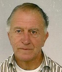 In memoriam: Frans van den Hoogen